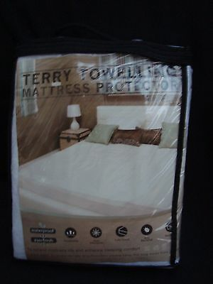 TERRY TOWELLING MATTRESS PROTECTOR - DOUBLE  140x190cm  (30cm DEPTH)