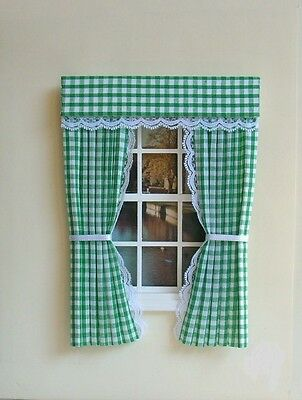 Dolls House Curtains Green  Gingham