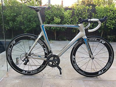 Giant Propel Road Bike. Full Carbon With Carbon Wheels
