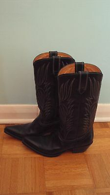 Women's black leather cowboy boots size 8.5, like new