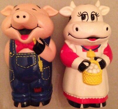 Cute Pig And Cow Mooing And Oinking Salt And Pepper Shakers