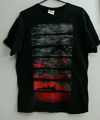 """Roger Waters """"The Wall Live"""". Black T-shirt Size Ladies Large."""