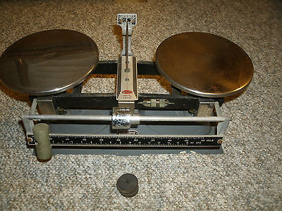 Ohaus Vintage Balance Scale - 2197 - 5 Kilo - Works Great !!