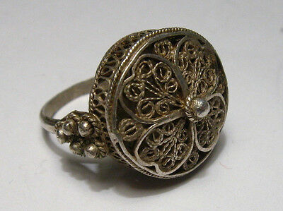 HAND MADE ANTIQUE MEDIEVAL or Post medieval  SILVER RING WITH FILIGREE/ kv