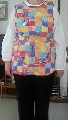 Adult size cotton Painting Tabard with side popper fastening & front pockets