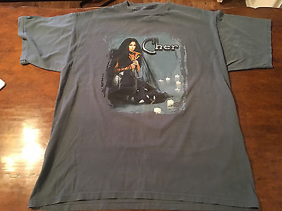 """Vintage Cher """"Do You Believe"""" Tour T-Shirt – 2000 – Large – Giant"""