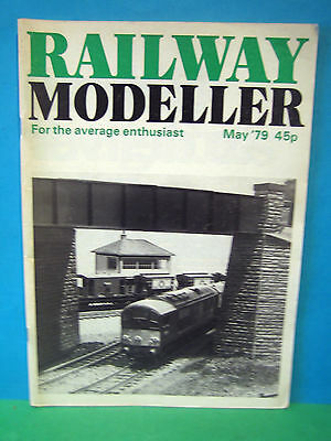 Railway Modeller May 1979 # Br Staffordshire ~ Early Diesel Shunter   See Pics