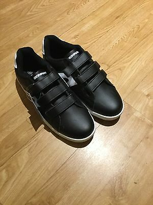 B/N Mens Black Donnay Trainers, Size 8.5