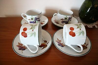 "ROYAL WORCESTER "" Evesham Vale "" CUPS AND SAUCERS X 4"