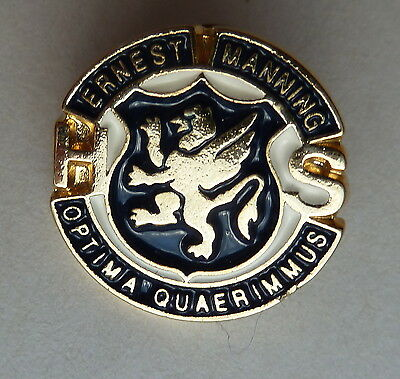 Ernest Manning High School Calgary Alberta Optima Quaerimmus Lapel Hat Pin