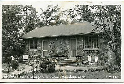 Real photo postcard Chanticleer Cottages at Lookout Mountain, Tennessee