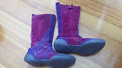 GIRLS European Boots Size 30 - All leather