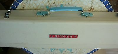 Singer Cardmatic-312 knitting machine. In orig box - 20 cards, full instructions