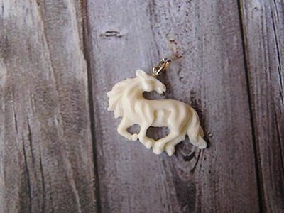 Pendant Necklace Horse From Buffalo Bone Carved w/ Silver 925_b254