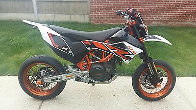 KTM 690 SMC R, Number Plate Mount, Inboard, Tail Tidy, Stainless Steel, Upgrade