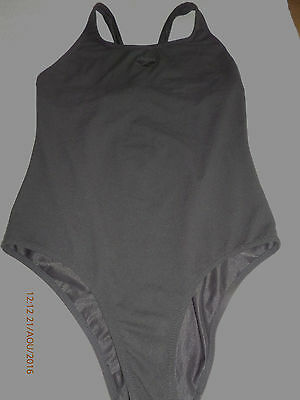 maillot bain noir marque ARENA taille 40 TBE