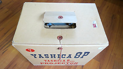 VINTAGE YASHICA 8P 8MM Movie Film Projector in Original Case and Box COMPLETE