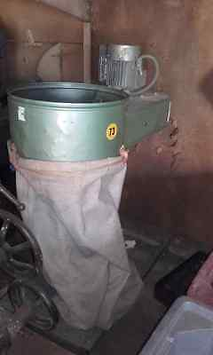 3 phase bag dust extractor