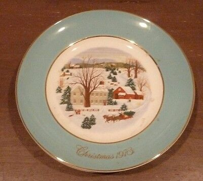 Avon Christmas Collector's Plate 1973 made by Enoch Wedgewood England