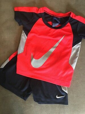 Nike Infant Boy Two Piece Shorts And T-Shirt Outfit, Size 12 Months