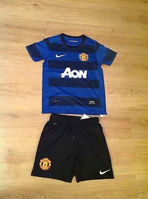 Manchester United Kit Kids Size 8-10 Years