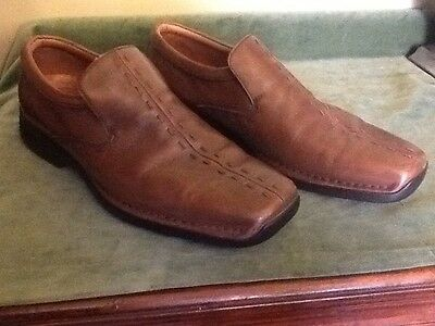 Super Pair Of Clarkes Flexlight Gents Slip On Shoes In Brown -UK Size 9