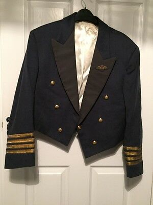 Group Captain Uniform