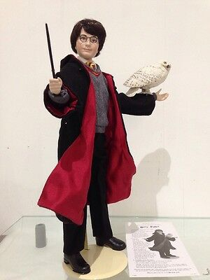 """Harry Potter Wizard Portrait Doll 16"""" Tall And His Owl Hedwig Hot Toy"""