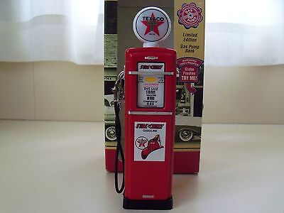 Crown Premiums - Texaco Fire Chief Gas Pump Bank - Diecast