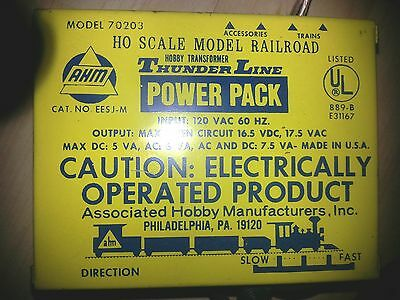 Vintage HO Scale AHM #70203 Thunder Line Power pack Transformer 120V