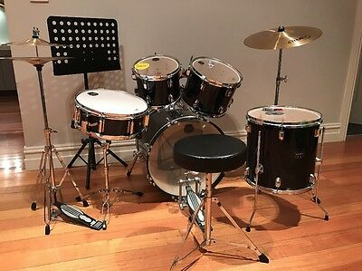Mapex (Prodigy) 7 Piece Drum Kit Plus Seat & Music Stand (Drums indigo blue)