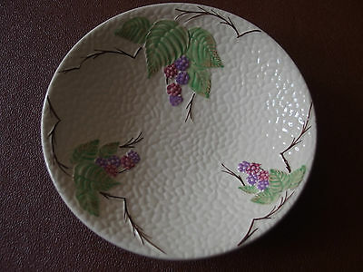 Vintage Wade Pottery 'Bramble Ware' - 1950's - Open Fruit Dish 23 cm