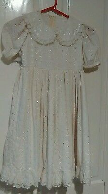Vintage girls cream dress with petticoat size 26 inch chest age 6/7