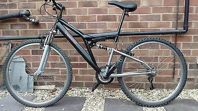 "Mountain bike Diamondback 26"" wheels"