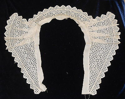 Gorgeous Antique Unused Eyelet Lace Pleated Collar