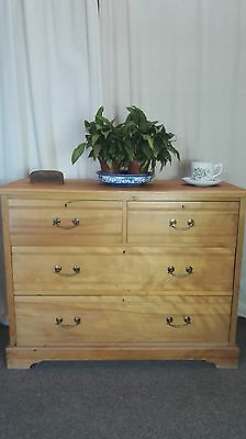 Antique Georgian Style Chest Of Drawers