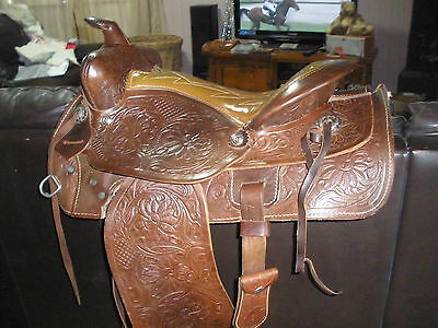 Made in Canada leather Western Saddle - Pick Up Ipswich