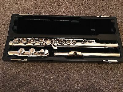 """Solid Silver Pearl """"Elegante"""" Flute with Gold Lip Plate."""