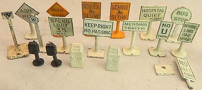 1950s 18 Authenticast Diecast Dinky Toy Matchbox Lionel O Train ROAD SIGN Lot