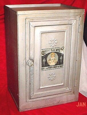 Vintage Queen's Pantry Two Shelf Single Door Pie Safe /Jelly Cupboard Storage