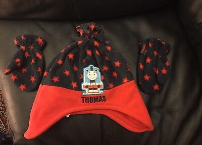 Boys Thomas The Tank Engine Hat And Mittens Set 3-6 Years