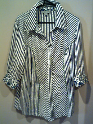 NICE WOMENS'S TOP/SHIRT...SIZE 18...COTTON STRETCH..very good cond