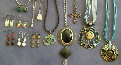 Jewellery GALORE ~ EARRINGS, NECKLACES + MUCH MORE!