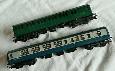 Tri-ang Green Power Unit S1057S + 00 Gauge Blue Inter-City Carriage M14052