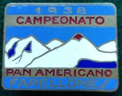 1938 Pan American Ski Championship pin badge