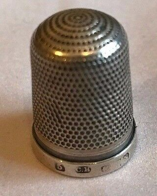 Charles Horner Hallmarked Silver Thimble No 5