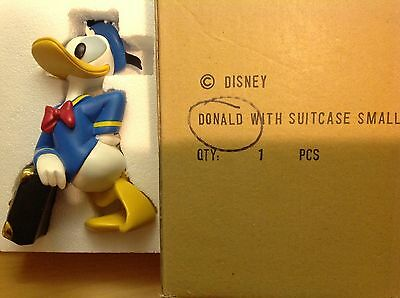 Disney Donald Duck Statue, excellent condition, with box and insert
