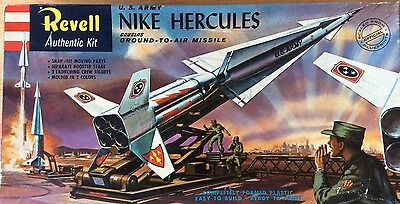 Revell [1958] U.S. Army Nike Hercules Ground-to-Air Missile Kit H1804:149