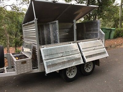 Tipping trailer rubbish removal hydraulic lift