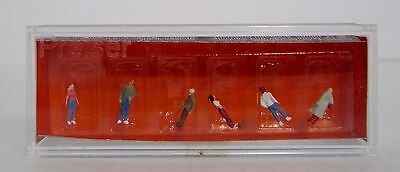 Preiser 80900 Passers-By - 6 People   Z Gauge